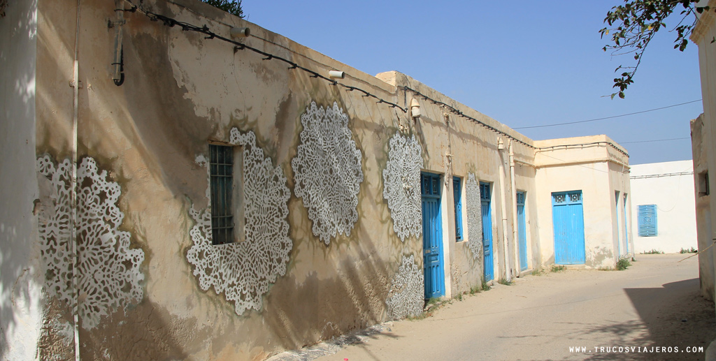 Stencil Graffiti nespoon djerba