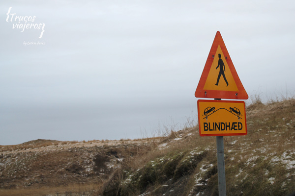 traffic signs in iceland